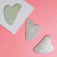 Скребок гуаша из нефрита малый в форме сердца, 85 x 55 x 5 мм