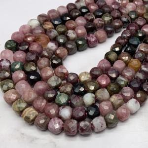 Каменные бусины, Турмалин, кубик, в ювелирной огранке, 8.5х8.5 мм, длина нити 38 см
