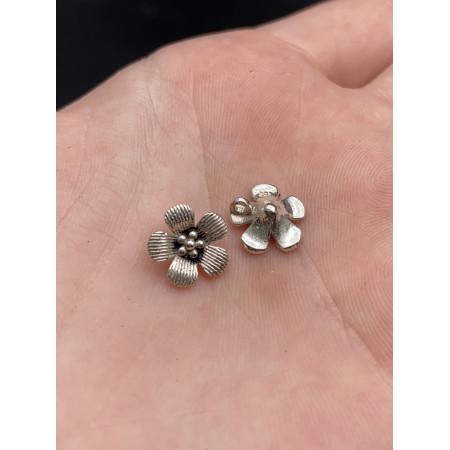 """Подвеска """"Цветочек"""" из тайского серебра 925 пробы, 10х4 мм"""