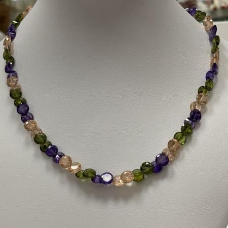 Колье .Кристаллы Violet ,с замком ,4x7 мм,40 см