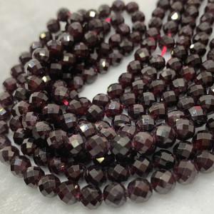 Каменные бусины,  Гранат , 70 бусин, шарик огранка 6 мм