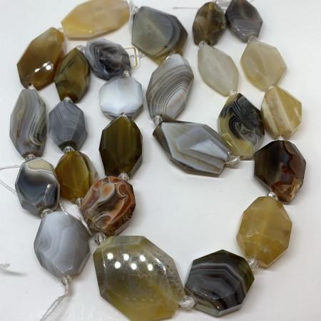 Каменные бусины, Агат, размер 20 х 18 мм, нить 40 см, 11 бусин